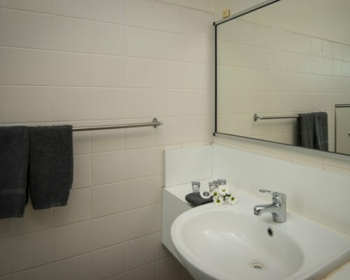 longreach-accommodation-jumbuck-motel-family-room (2)
