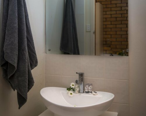 longreach-accomomodation-jumbuck-motel-queen-room (4)