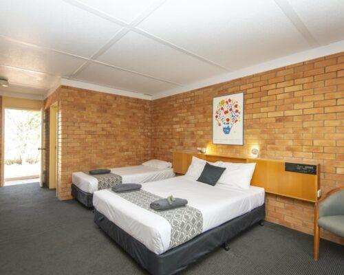 longreach-accomomodation-jumbuck-motel-twin-room (3)