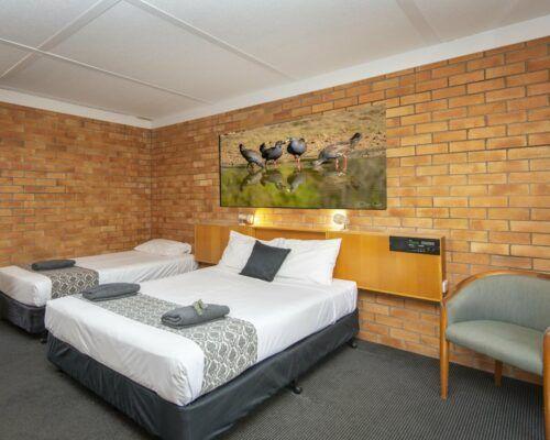 longreach-accomomodation-jumbuck-motel-twin-room (5)