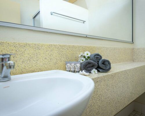 longreach-accomomodation-jumbuck-motel-twin-room (7)